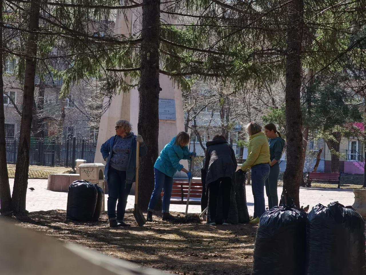 Почти 10 000 мешков мусора собрали за субботник в Биробиджане